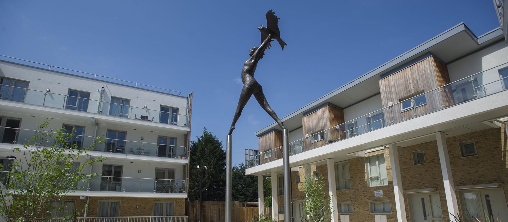 (c) Onehousing.co.uk